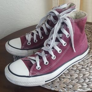 Converse Chuck Taylor All star high tops Size 7